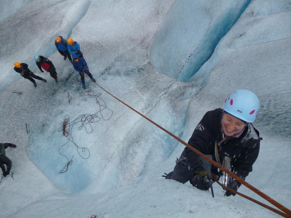 Isklatring på Tunsbergdalsbreen 2012. Foto: Katy Boreham.