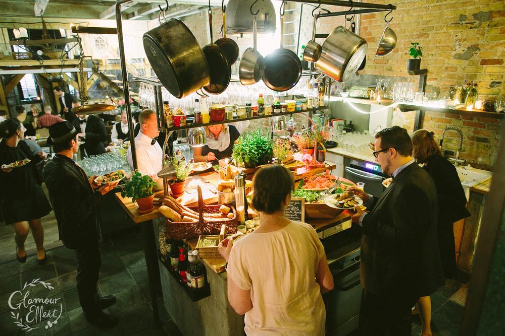 Kreative Hochzeitslocation in Berlin Friedrichshain: Die alte Schmiede / Old Smithy's Dizzle