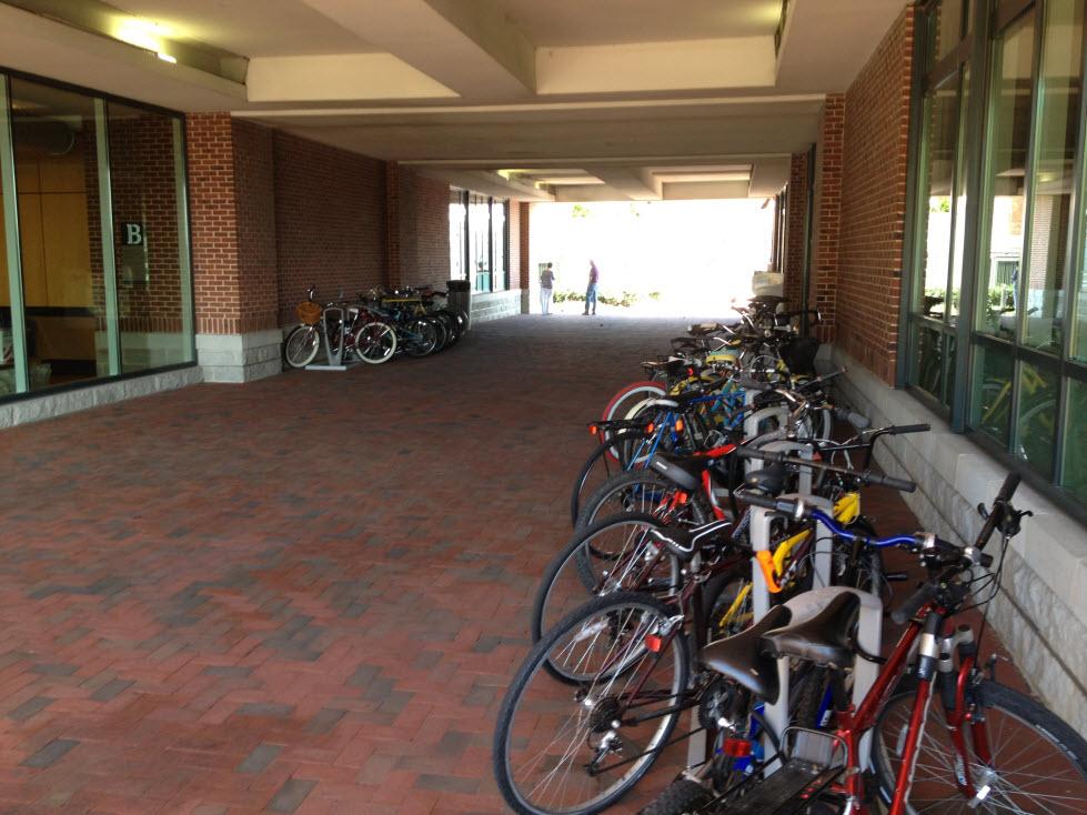 Bike Parking at Bond St Wharf