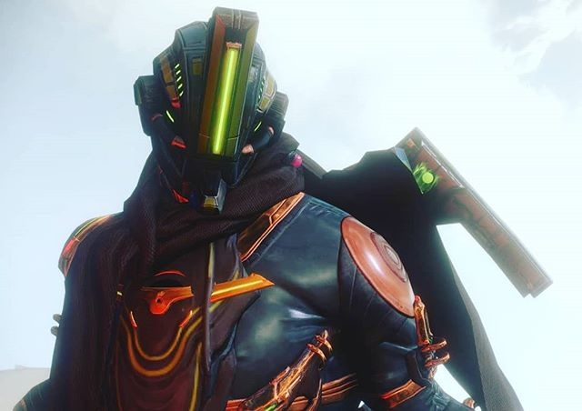 Found my perfect #warframe and design and color combo!  I promise I'll start postimg pics from other #games someday! . . . . . . . #videogames #excaliburumbra #excalibur #warframepc #gaming #podcast