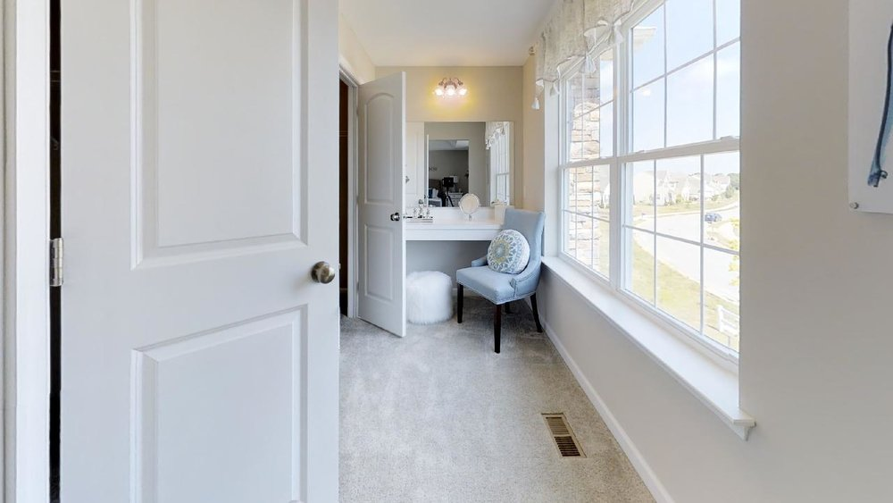 jfyCdv87TTE - Bathroom(1).jpg