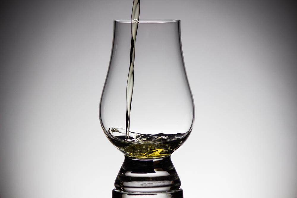 Scotch Pour