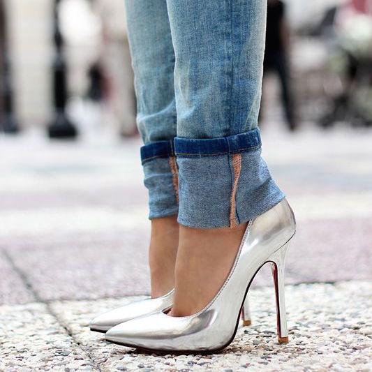 silver pump.jpg