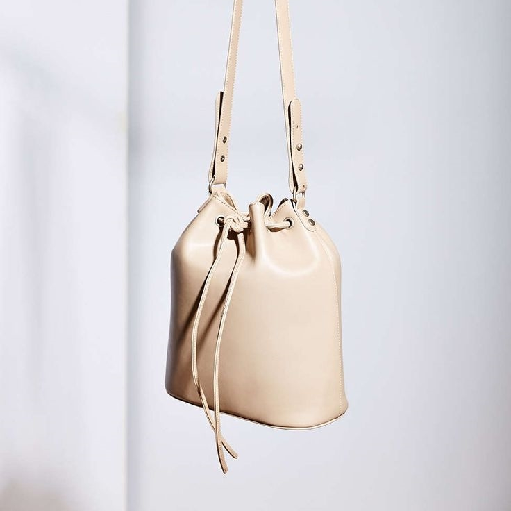 uo bucket bag.jpg