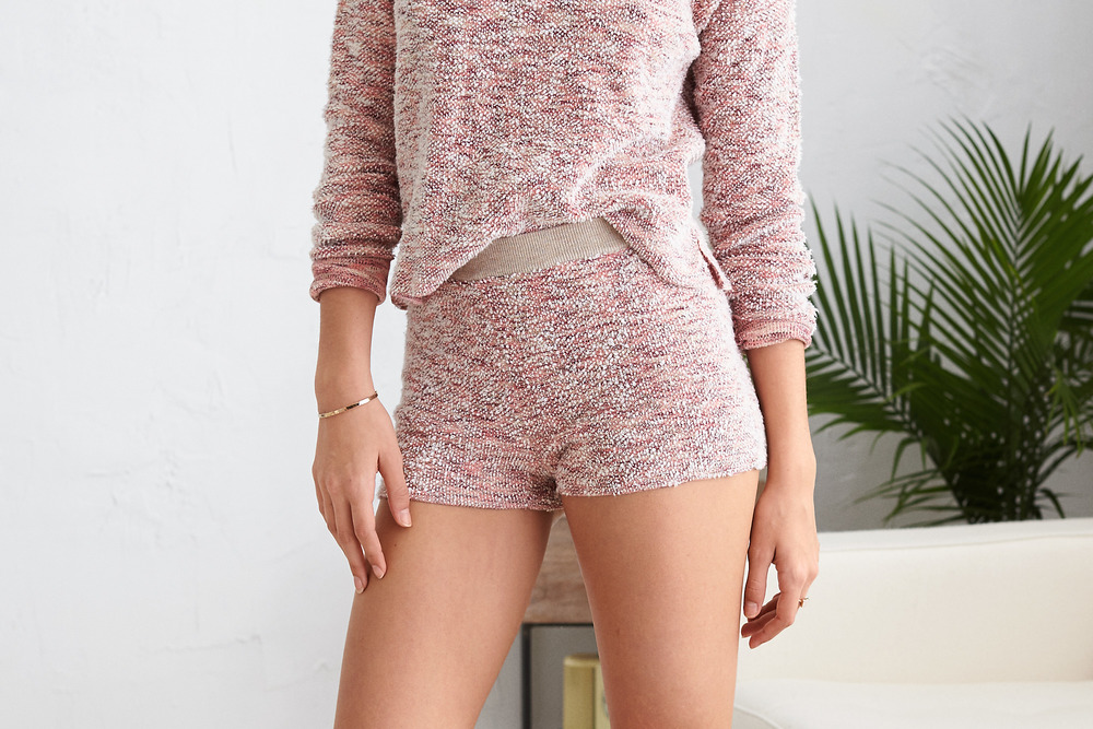 30 Under $30 // Lady Gray // Aerie shorts
