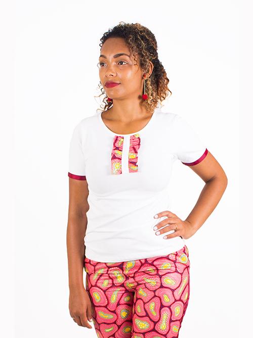 T-shirt com folhos SALDO