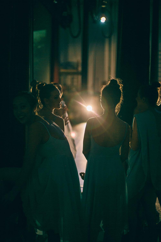 DANCE-3208.jpg