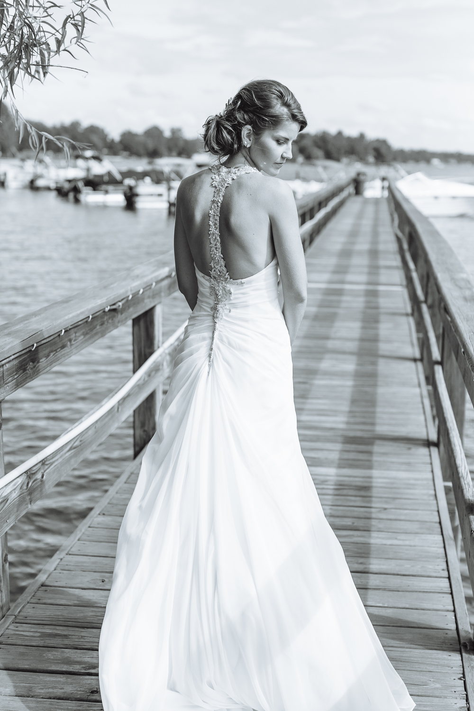 lexington_south_carolina_wedding_photographer_lake_sunflowers_image-61.jpg