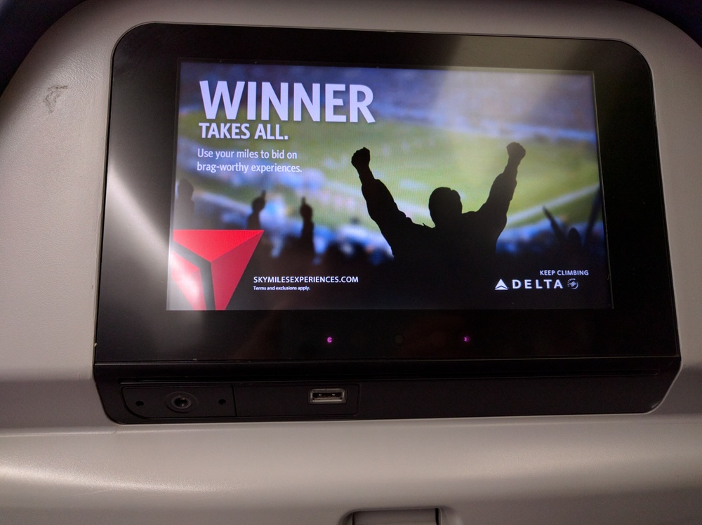 Delta 767-300 Entertainment System - Economy