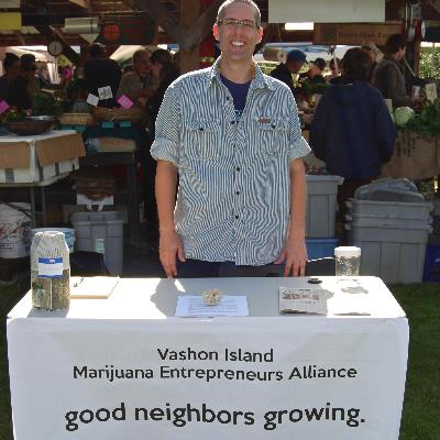 Shango meets and greets island farmer's market shoppers.