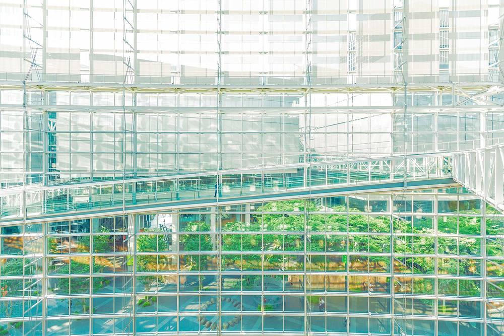 Tokyo_GlassWindow_V1.jpg