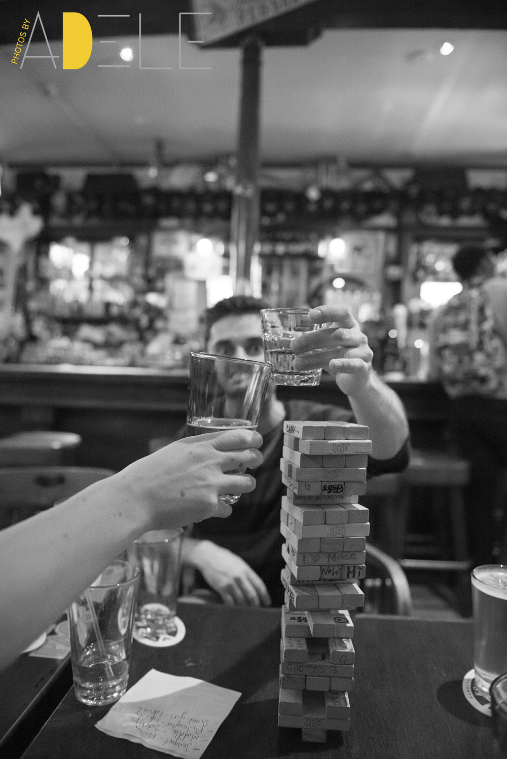 They don't offer food in this pub, just drinks and Jenga.