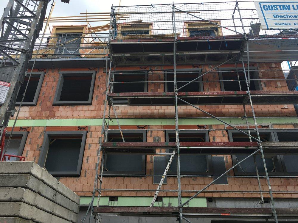 Erzdiozöse Freiburg Fensterlaibung Fassade Beton