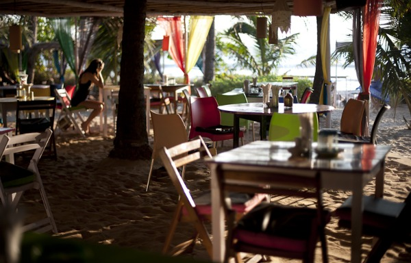 VERY CLOSE TO A VARIETY OF CHIC NIGHTLIFE AND RESTAURANT OPTIONS IN NORTH GOA