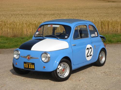 Black and White Garage - 1959 FIAT Nuova 500 Sport