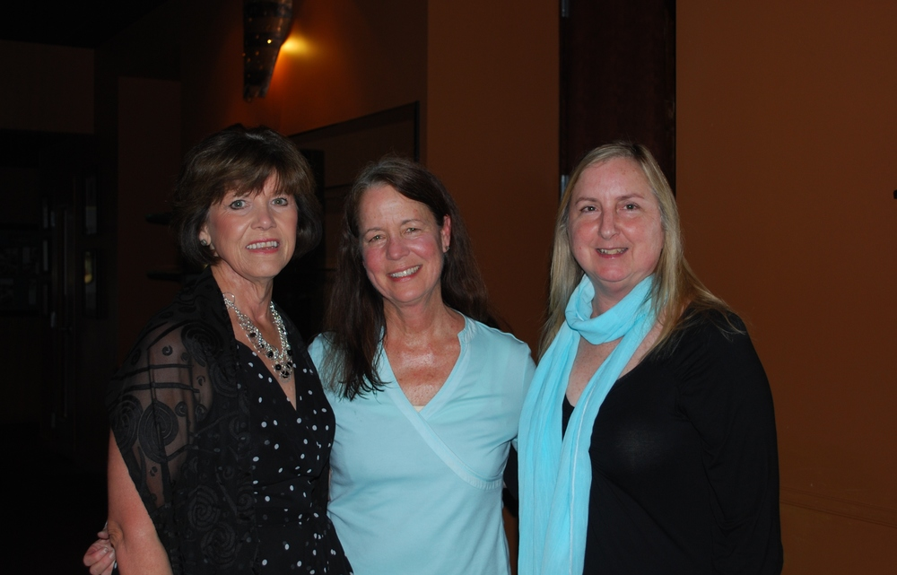 Joanna Croll (Longtime Supporter), Jean Ann Fennel (Board Member) and Linda Collins (Longtime Supporter) at our Wine Dinner 2013 at Bordinos.