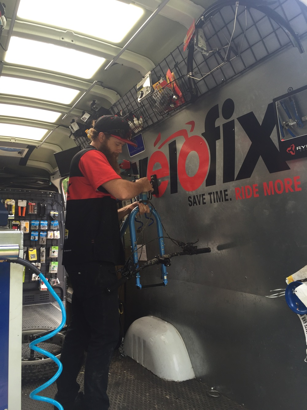 VeloFix mechanic Robert making short work of a fork install.