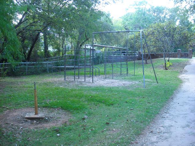 Larch-Miller Park - Shawnee OK (63).JPG
