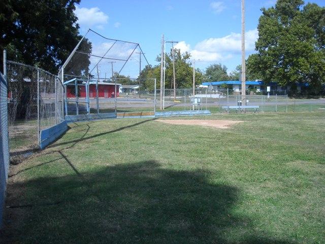 Lilac Ball Park - Shawnee OK (20).JPG