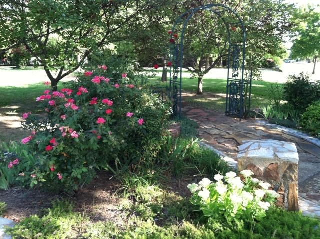 Rose Garden Park - Shawnee OK (13).jpg