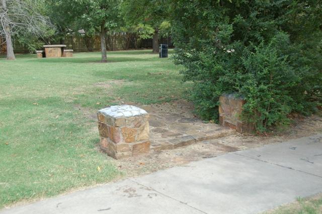 Rose Garden Park - Shawnee OK (36).JPG