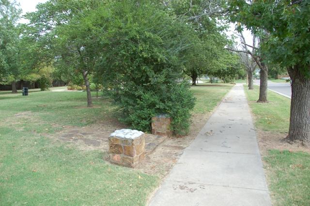 Rose Garden Park - Shawnee OK (37).JPG