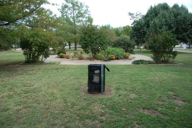Rose Garden Park - Shawnee OK (40).JPG