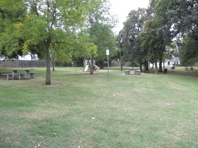 Wildwood Park - Shawnee OK (16).JPG