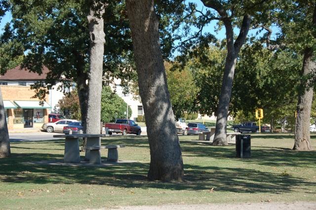 Woodland Park - Shawnee OK (3).JPG