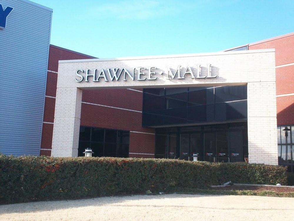 Shawnee Mall - Indoor Walking.jpg