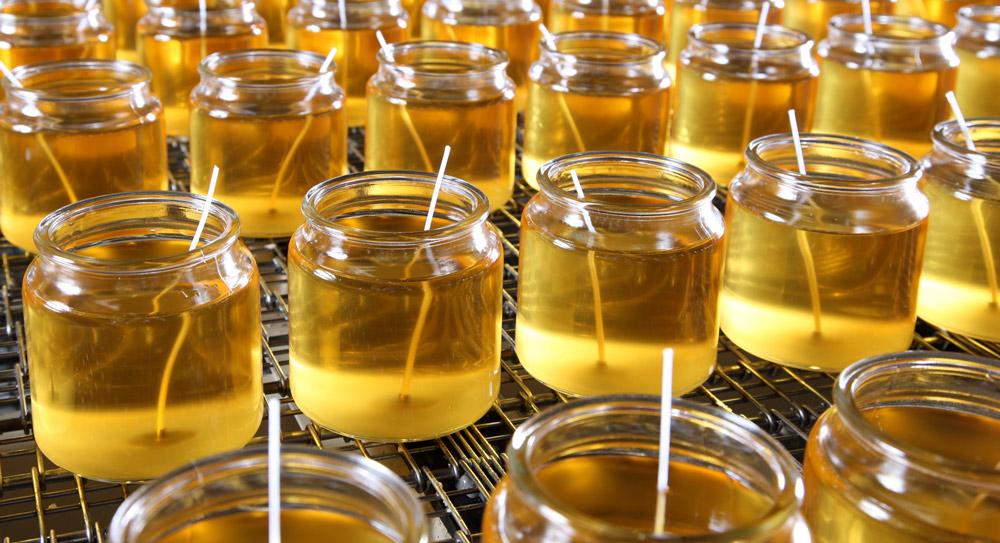 bespoke_candle_manufacturer