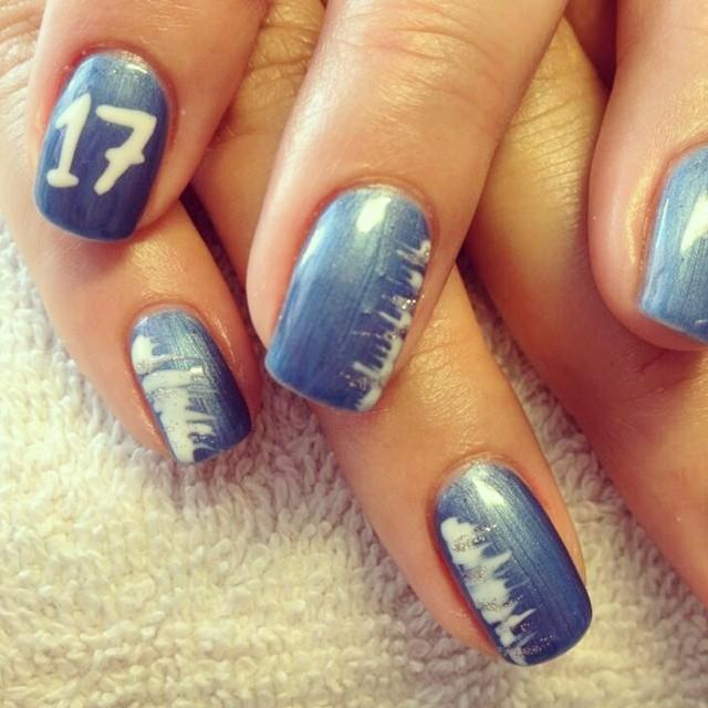 Mina naglar stöttande budet på Worldcon i Helsinki 2017