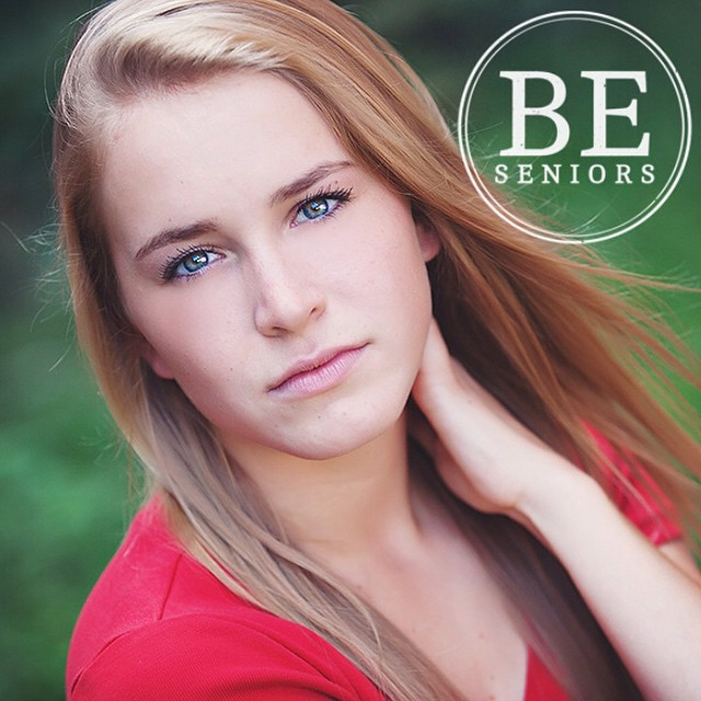 On the blog today we have the ever so gorgeous Katie! [link in profile]! #beseniors #blisselevenstudio #BeBoldBeUniqueBeYou #highschoolsenior #2015senior #stlouissenior #seniorphotography #instasenior