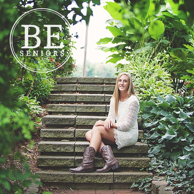 A sneak peak for the radiant Katie!! #beseniors #blisselevenstudio #BeBoldBeUniqueBeYou #highschoolsenior #2015senior #stlouissenior #seniorphotography #instasenior