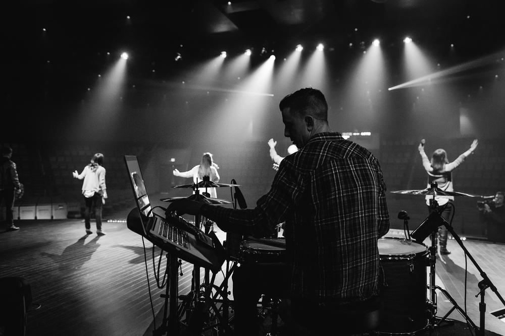 Worship-28.jpg