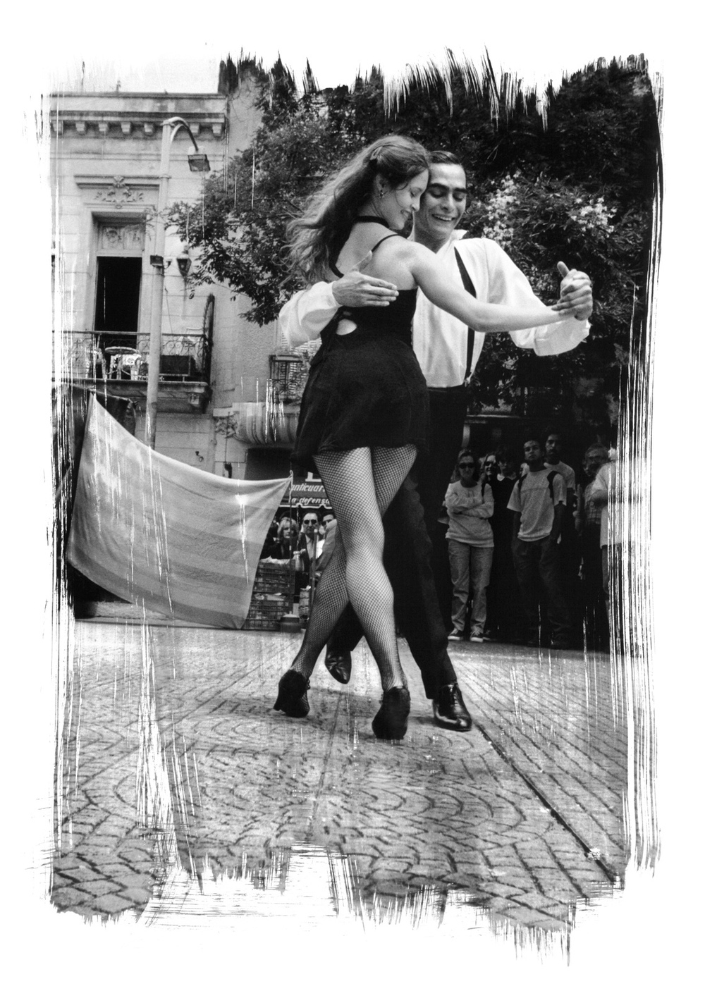 Paul Ickovic  , Tango Dancers   View more of the artist's photographs   here .    www.paulickovic.photography