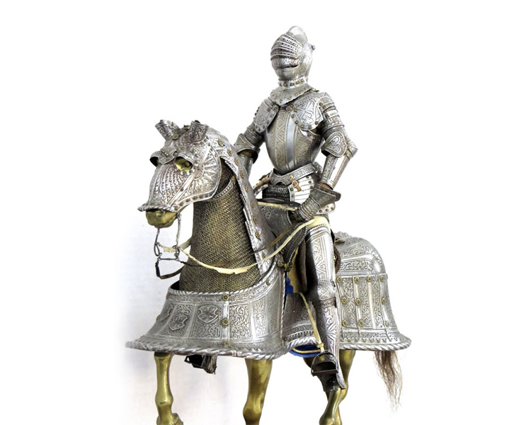 An-Important-Miniature-Armor-for-Man-and-Horse-by-E.-Granger,-Paris-Friedland_arms_armor_knight_-horse_renaissance_-chanfron-2.jpg