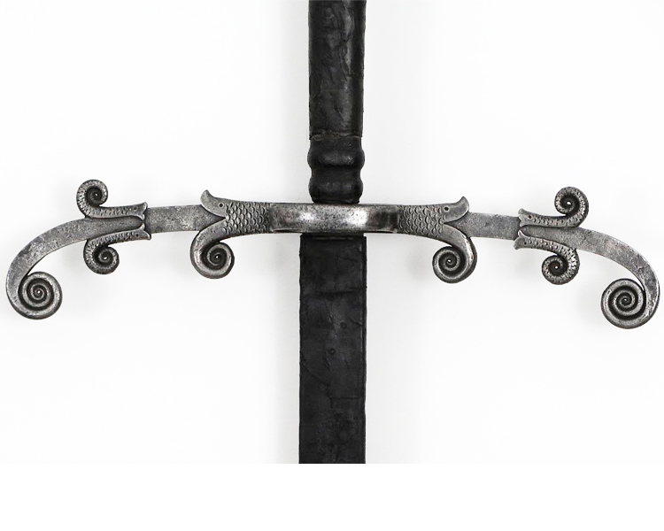 _German-two-handed-sword-circa-1560-Friedland-arms-sword-waved-blade-1.jpg
