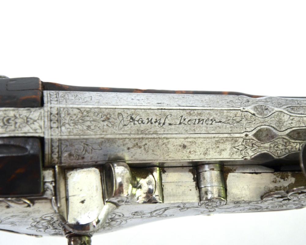 pair-bohemian-wheellock-pistols-hans-keiner-eger-1670-gary-friedland-antique-arms-armor3.jpg
