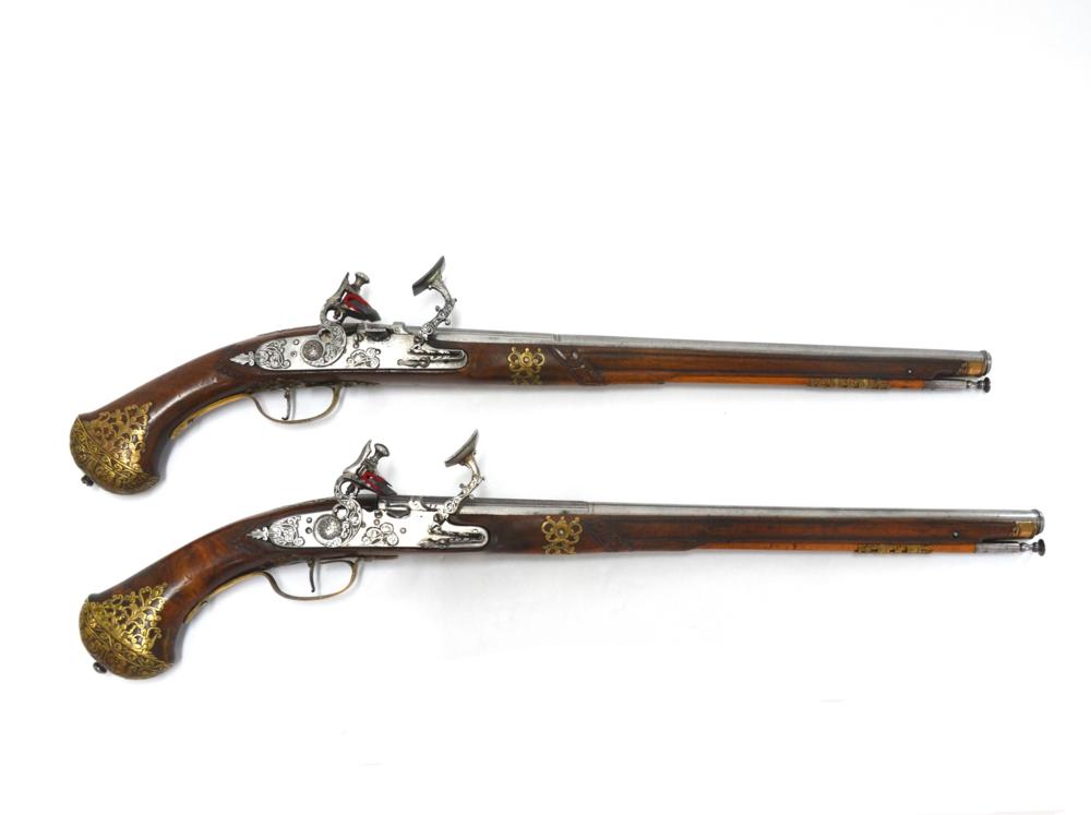 Rare pair of North Italian (Brescian) Snaphaunce Pistols, circa 1655