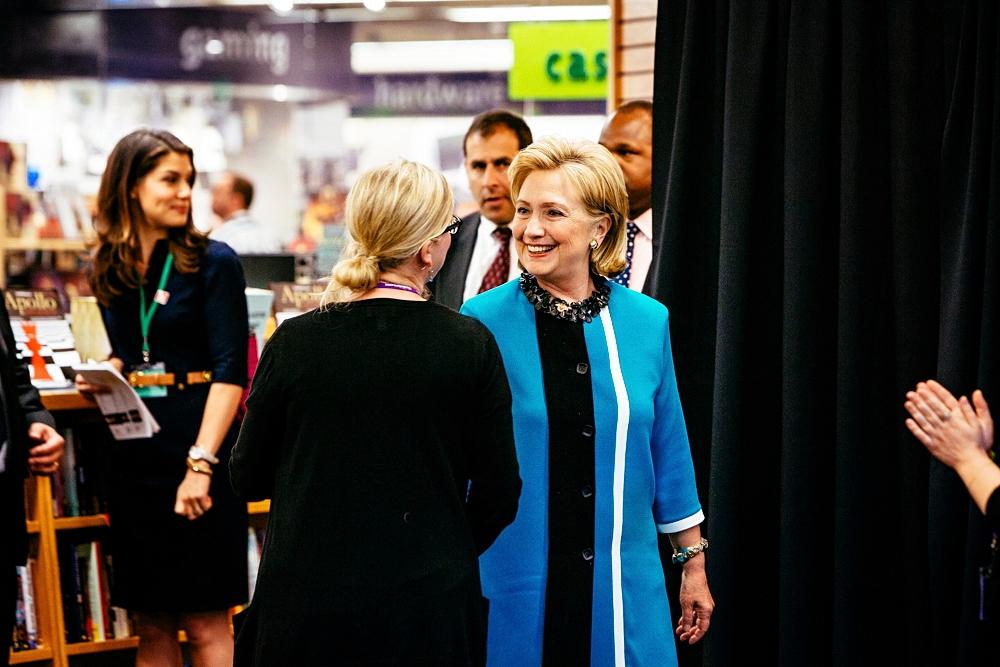 Hillary arrives!