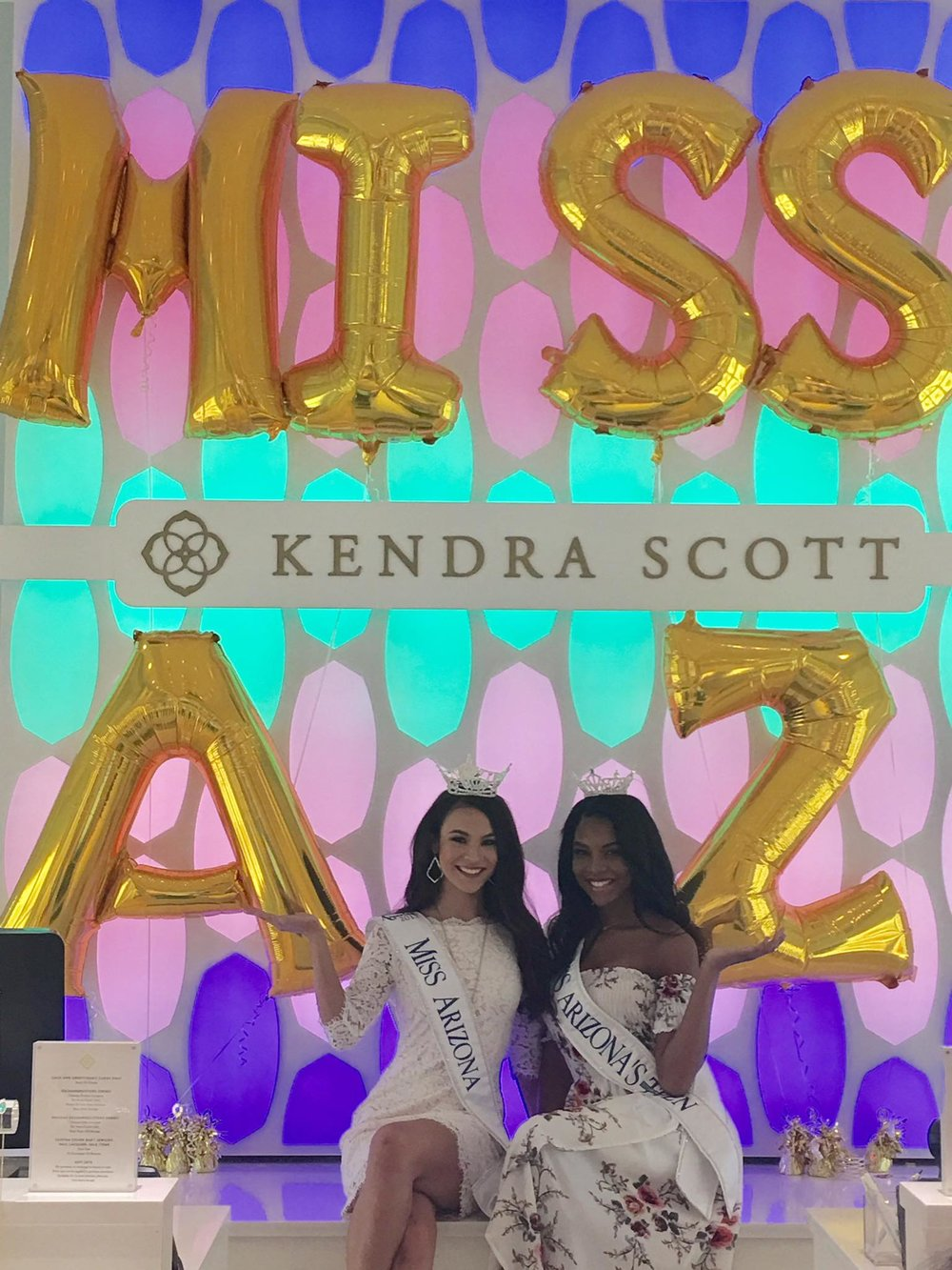 2017 Kendra Scott Store 2017 Miss AZ and MIss AZ Outstanding Teen.jpg