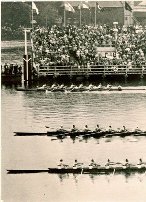 The 1936 Olympic final race...photo via pinterest.