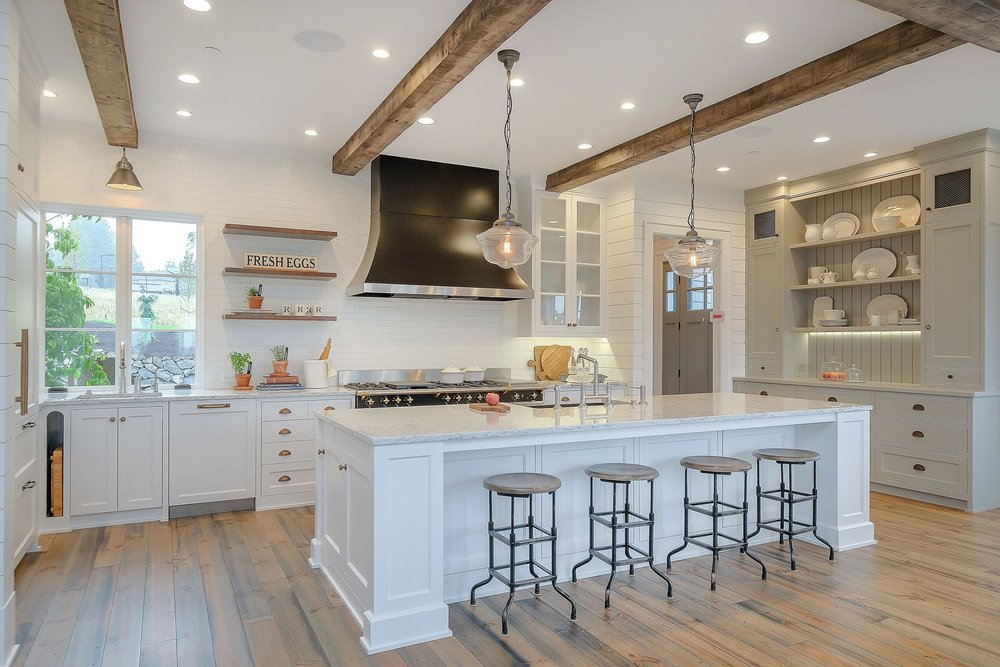 Kitchen...light and bright! (pinterest)