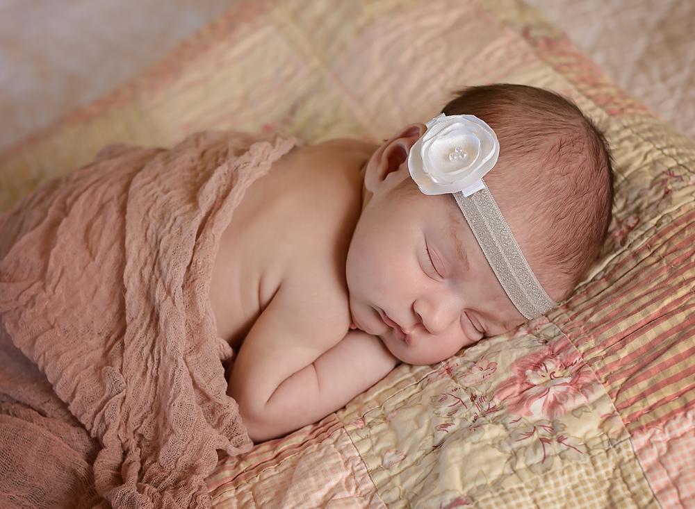 Kira, newborn
