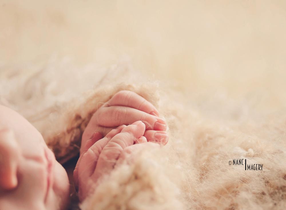 Newborn fingers