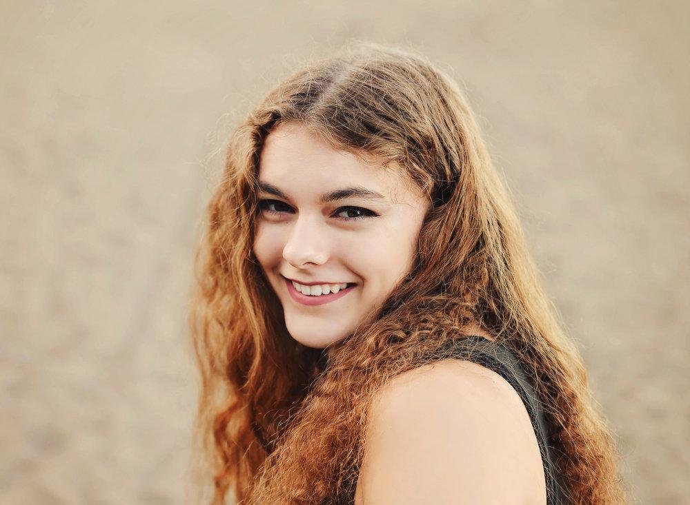 Gabriela WEB USE (14).jpg