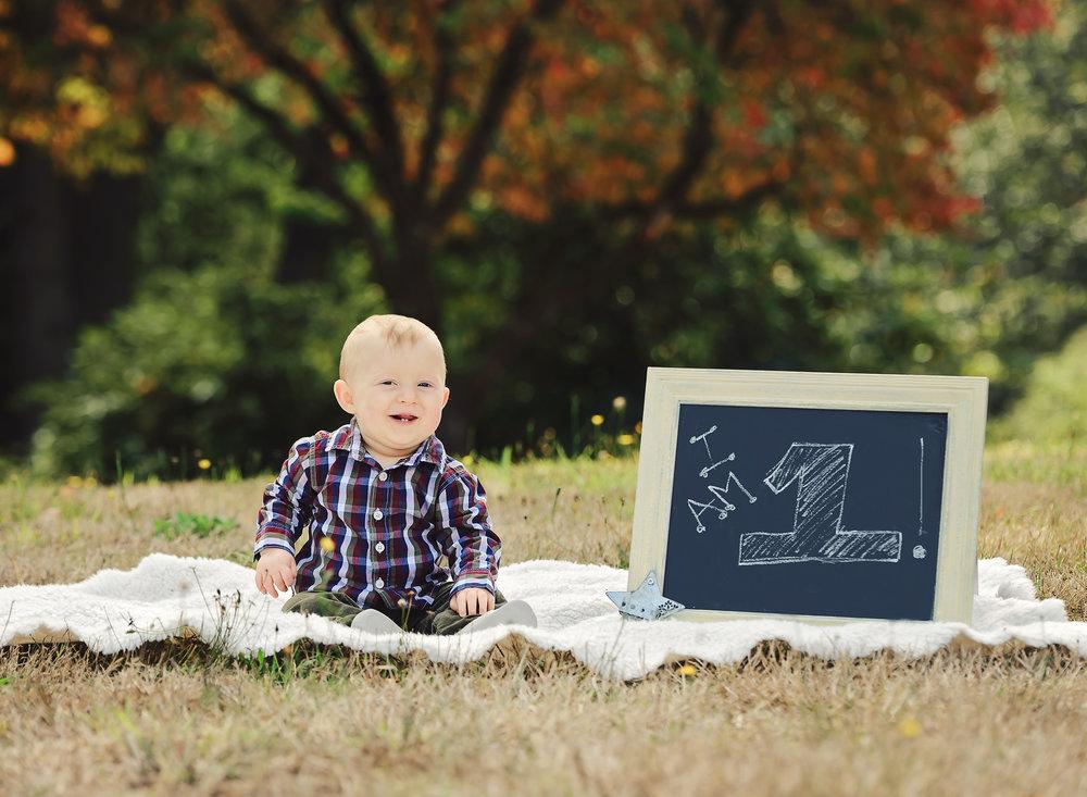 Brantley 1st birthday-WEB USE ONLY (3).jpg