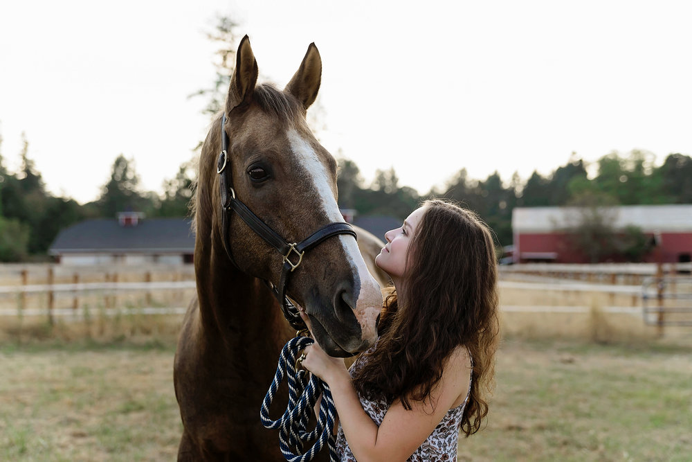 Senior Portraits with horse.