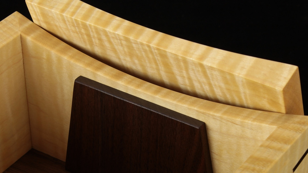 tiger maple & walnut wooden keepsake box